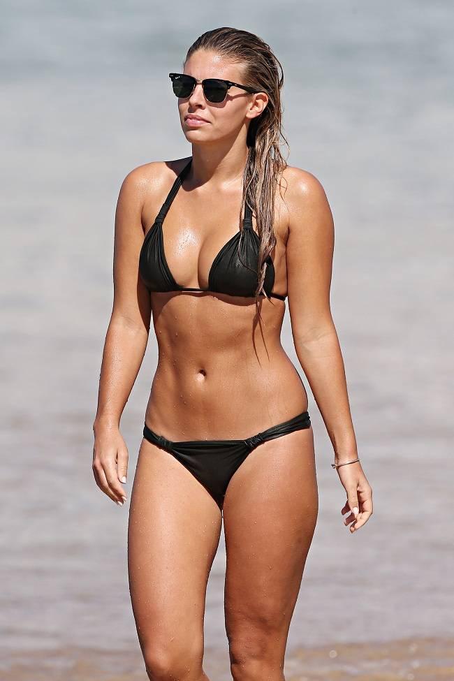Natasha Oakley - Bikini 01