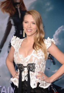 Scarlett Johansson - Captain America premiere 02