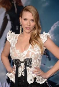 Scarlett Johansson - Captain America premiere 05