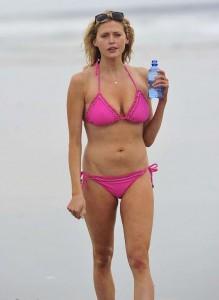 Estella Warren - bikini Manhattan Beach 04
