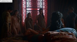 Josephine Gillan y Kristen Gillespie - Game Of Thrones 04