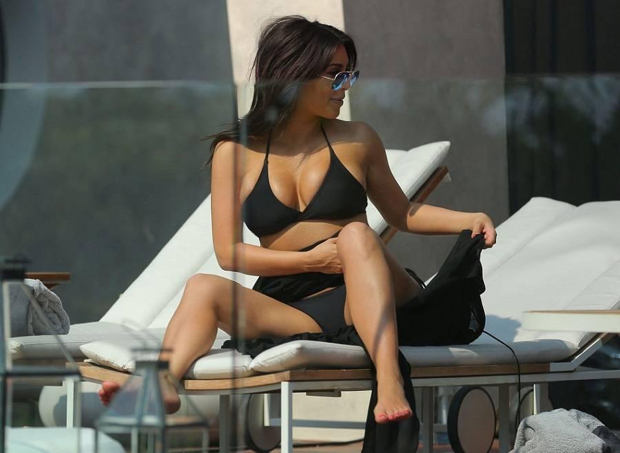 Kim Kardashian Tailandia bikini 01