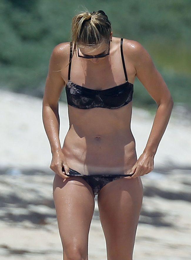 Maria Sharapova bikini 01