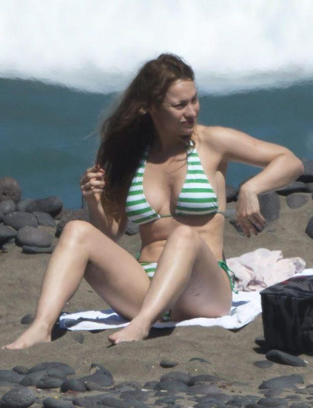 Natalia Verbeke Impresionante En Bikini Por Las Playas De Lanzarote