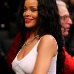 Rihanna Nets game 03