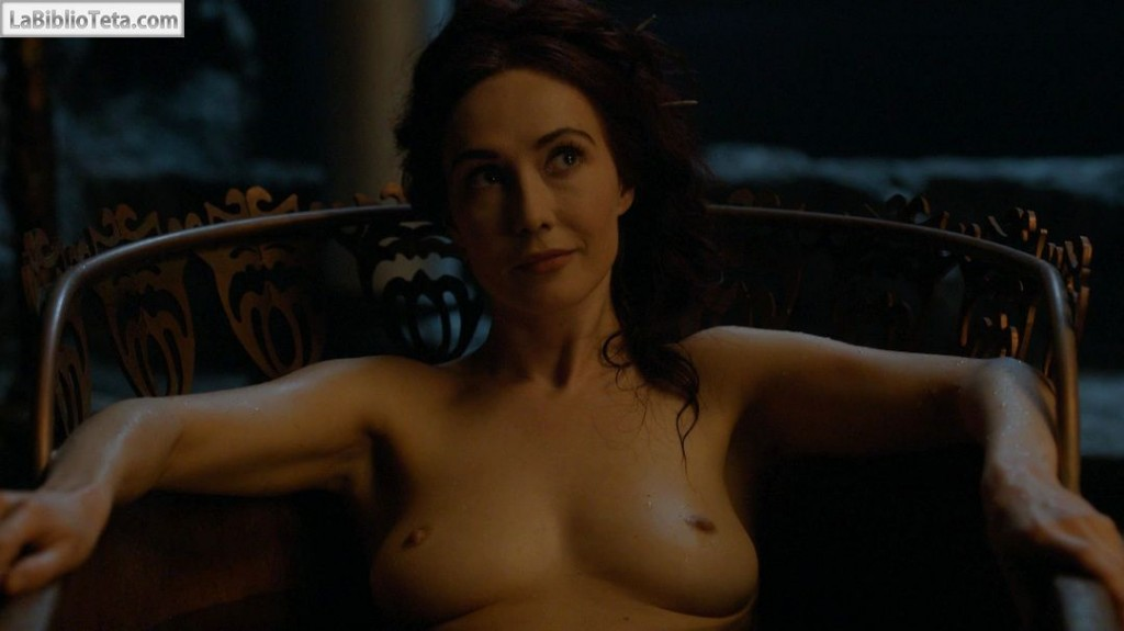 Carice Van Houten - Game Of Thrones s04e07 - 01
