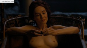 Carice Van Houten - Game Of Thrones s04e07 - 03