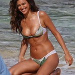 Irina Shayk topless 21