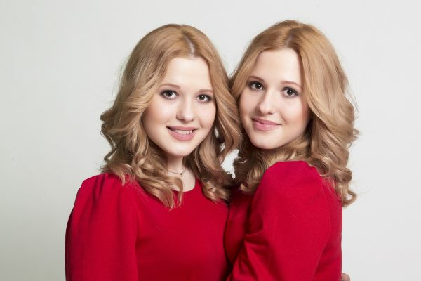 Tolmachevy Sisters - Rusia 01