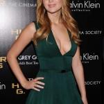 Jennifer Lawrence best cleavage 07