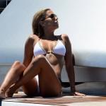 Sylvie Van Der Vaart - Formentera 08