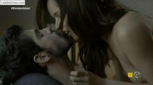 Veronica Sanchez - Sin Identidad 1x06 - 03