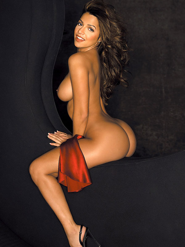 Vida Guerra goes full monty for Playboy The issue