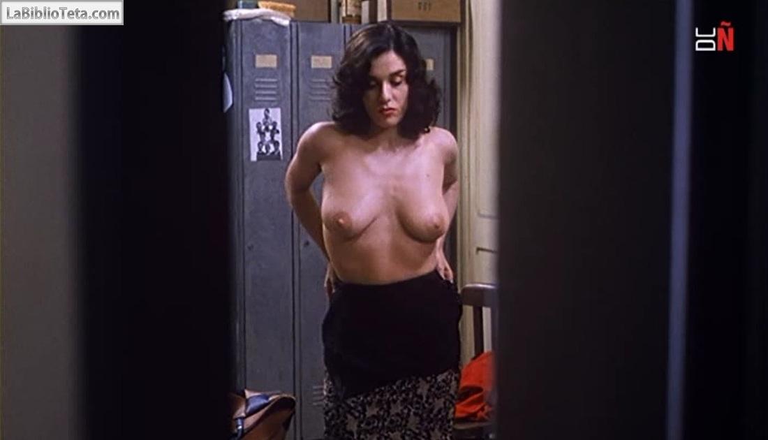 La escena desnuda del punto caliente