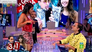 Cristina Pedroche - Guerra del agua 06