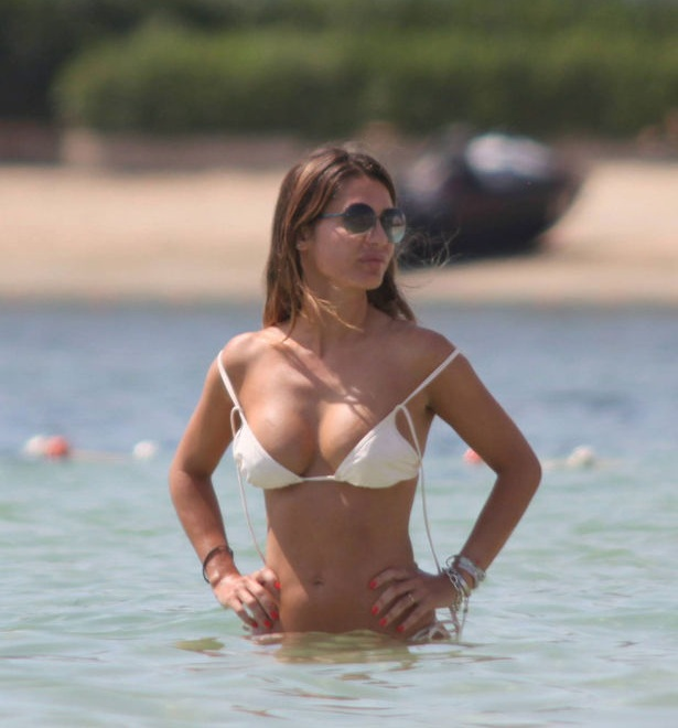 Elena Tablada - bikini Formentera 01