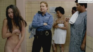 Kimiko Glenn - Orange Is the New Black 2x08 - 04