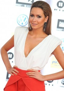 Mandy Capristo - Ozil 01