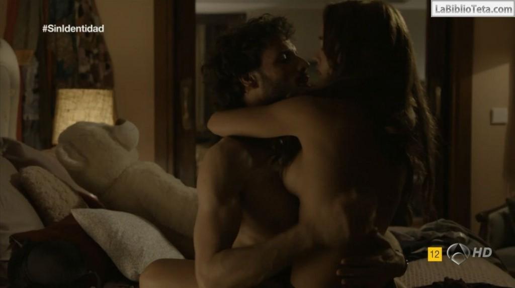 Megan Montaner - Sin Identidad 1x06 - 01