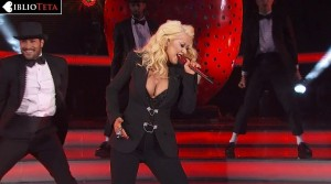 Christina Aguilera - NBA All Star 02