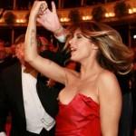Elisabetta Canalis - Opera malfunction 03