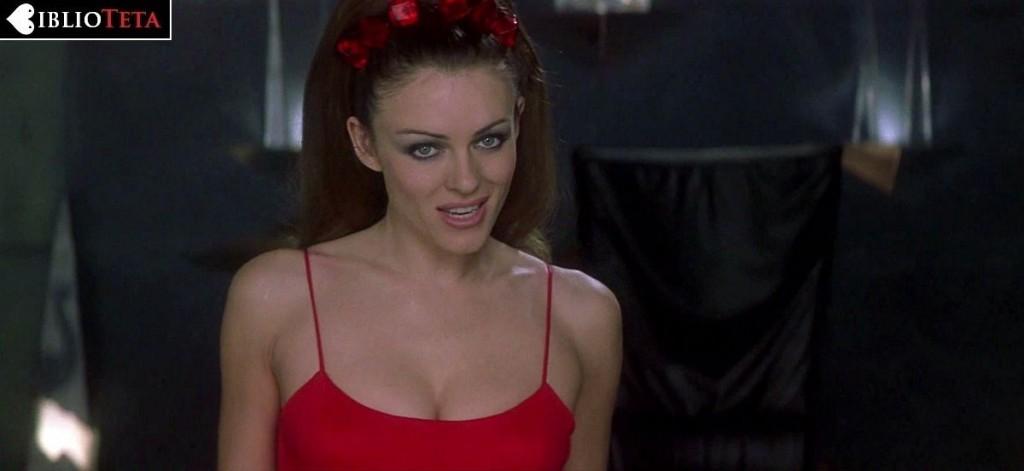 Elizabeth Hurley - Al Diablo Con El Diablo 01