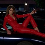 Elizabeth Hurley - Al Diablo Con El Diablo 04