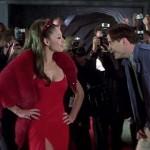 Elizabeth Hurley - Al Diablo Con El Diablo 05