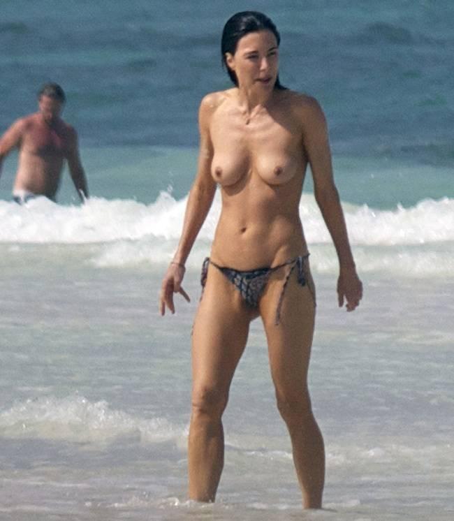 Jaime Murray topless Mexico 01