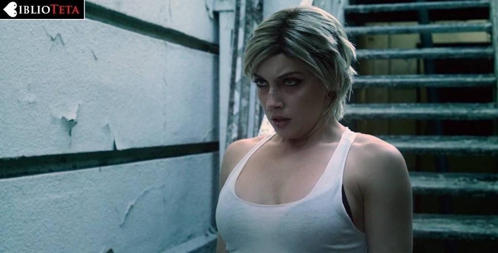 Katie Cassidy - The Scribbler 01