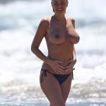 Lara Bingle topless Hawaii 06