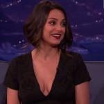 Mila Kunis habla de sus nuevas tetas en el programa de Conan