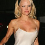 Pamela Anderson - nipslip 07