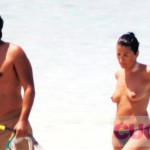 Silvia Abril topless 02