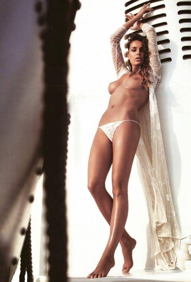 Alicia rodriguez maria gracia omegna joven y alocada 2012 - 1 part 6