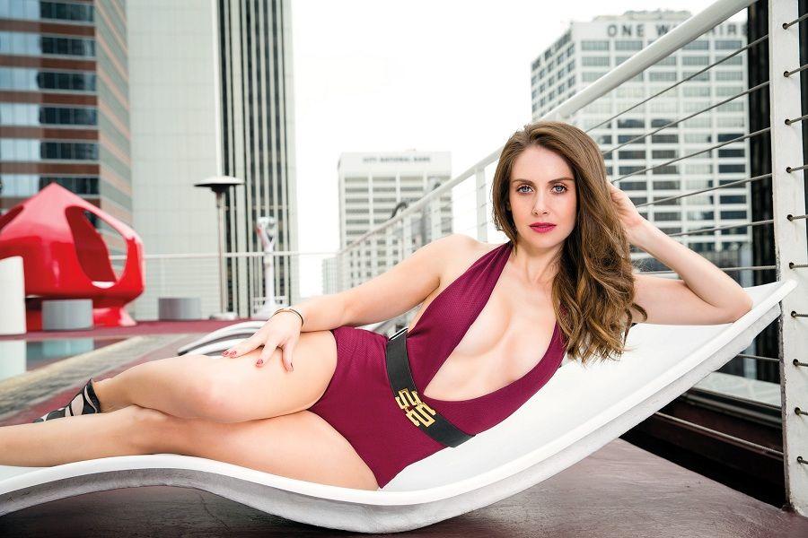 Alison Brie - GQ Mexico 01