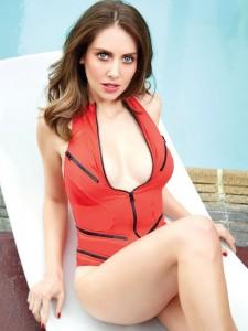 Alison Brie - GQ Mexico 04