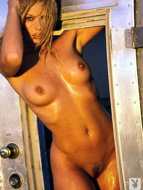 Jaime Pressly Posando Desnuda Para Playboy 1998