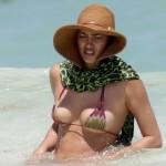 Irina Shayk bikini Mexico 08