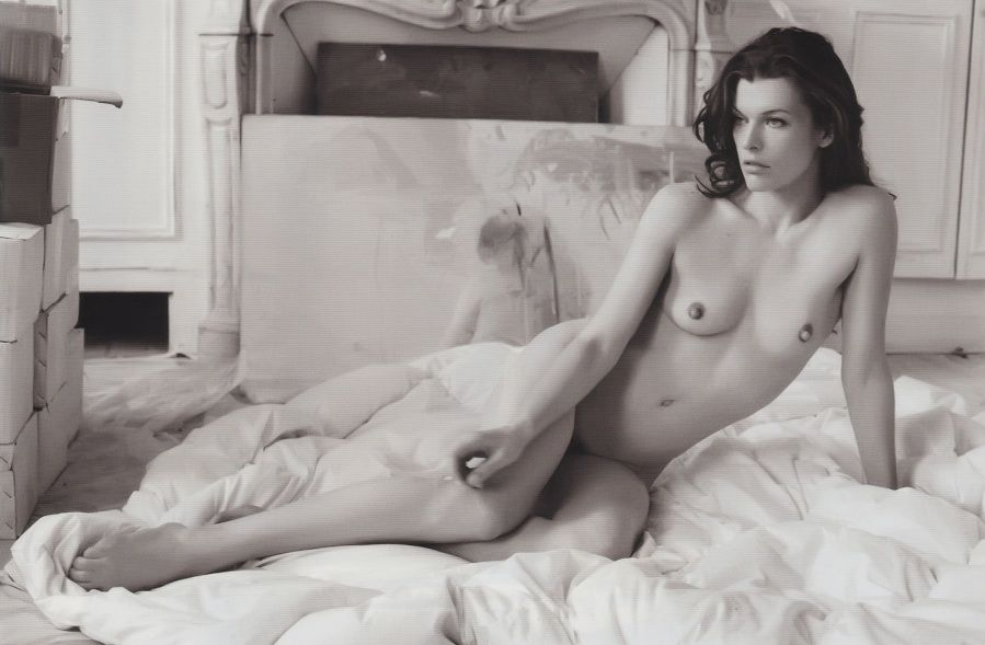 Milla Jovovich - Purple 01