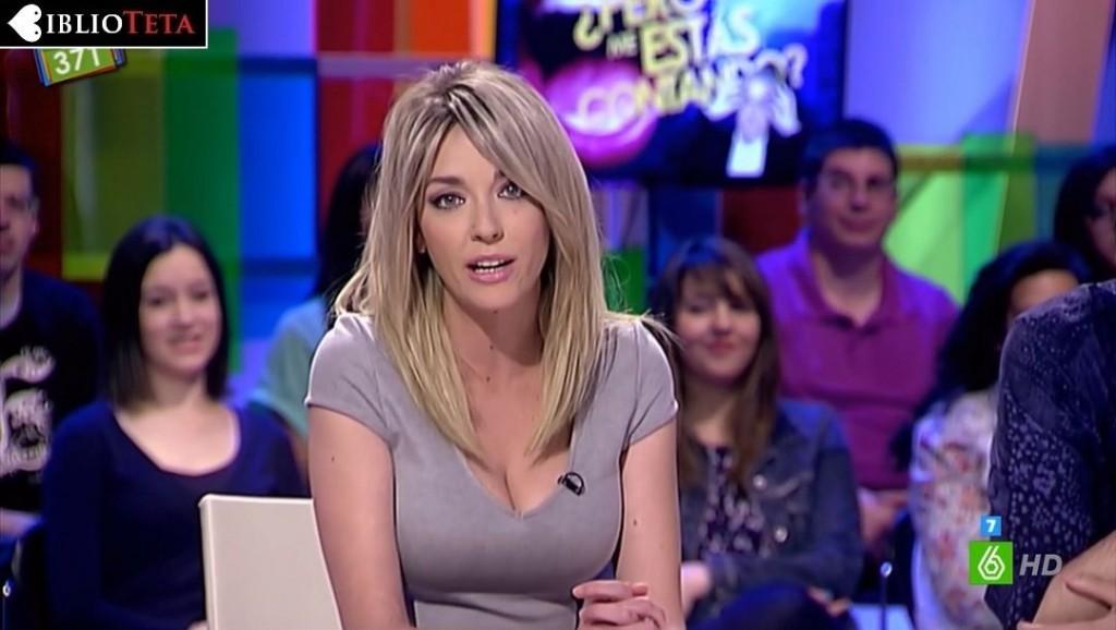 Anna Simon vestido gris 01
