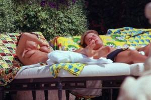 Victoria Beckham topless 03