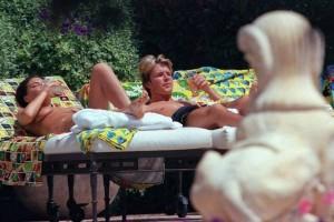 Victoria Beckham topless 04