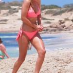 Berta Collado bikini Formentera 04