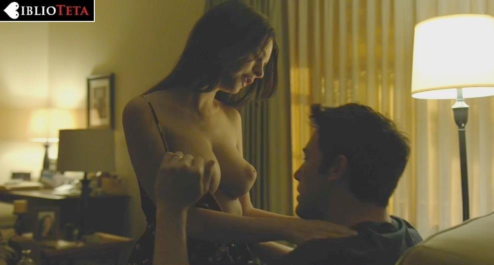 Emily Ratajkowski - Gone Girl