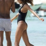 Jourdan Dunn thong Barbados 08
