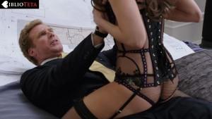 Alison Brie - Get Hard 11