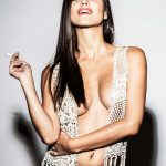 Elisa Mouliaa - FHM 06