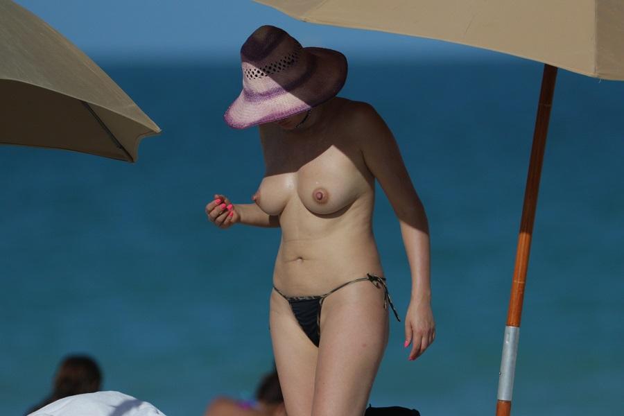 Bleona Qereti - Miami 01