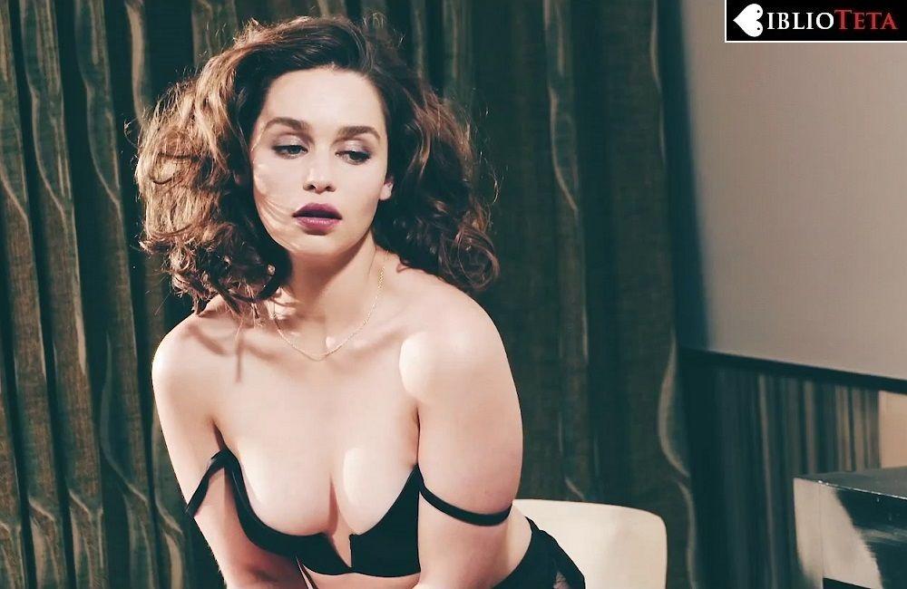 Emilia Clarke - Esquire 01